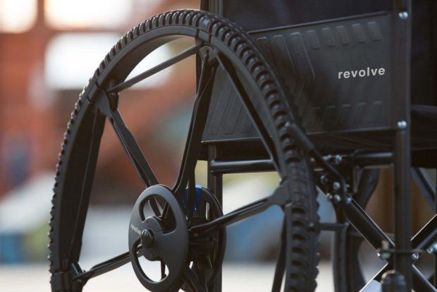 Немецкий дизайнер создал складное колесо